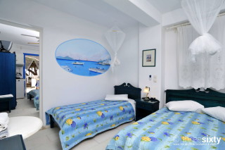 Groundfloor Studios Without Seaview castello bedroom