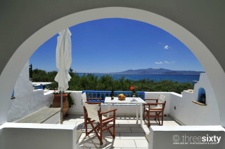 castello studios with sea view in naxos